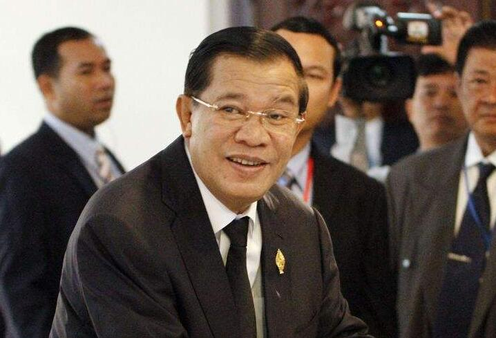 """柬埔寨首相:共同推动""""一带一路""""建设洪森表示, """"一带一路""""倡议有利于进一步推动全球化的发展,有利于贸易自由化的发展。【详细】"""